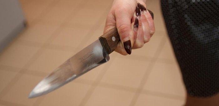 После праздника в тюрьму: женщина зарезала мужа накануне 8 Марта