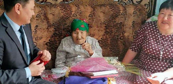 Жительница Шебалинского района отметила столетний юбилей
