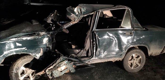 Нетрезвый водитель ночью врезался в столб в Яконуре