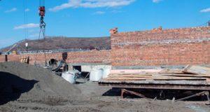 Глава Майминского района проинспектировал строительные работы на социальных объектах