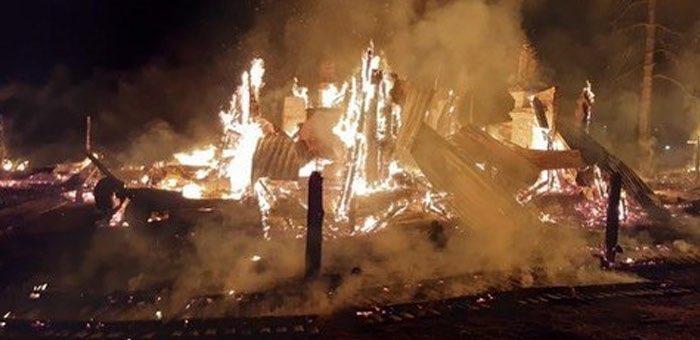 Мужчина и женщина погибли при пожаре в селе Кебезень