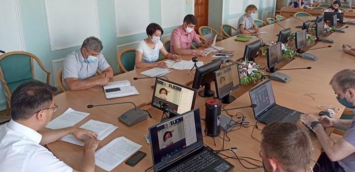 Какие меры поддержки бизнеса и населения предлагают банки в Республике Алтай