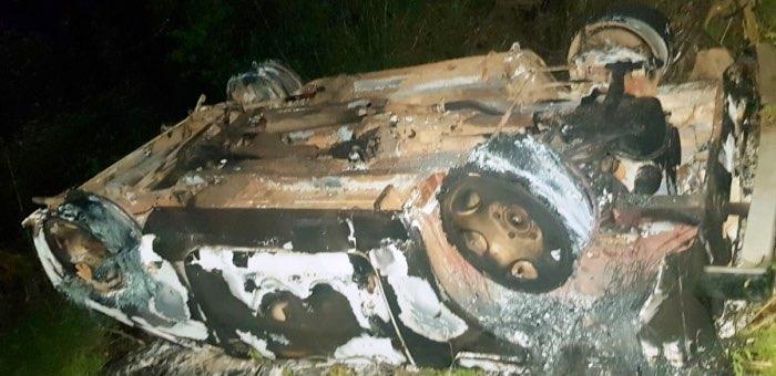 ВАЗ перевернулся и сгорел в Шебалинском районе, водителя ищут