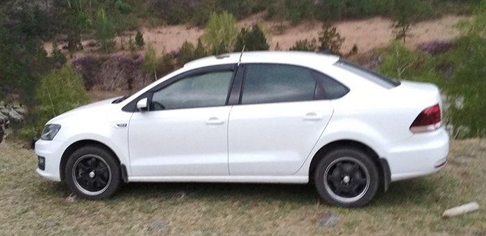 Тело таксиста обнаружили в багажнике собственной машины в Чемальском районе