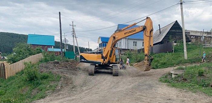 В Горно-Алтайске начался ремонт улицы Колхозной