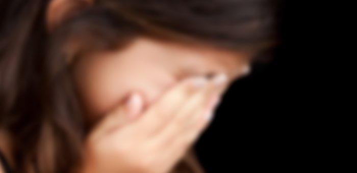 Отец несколько лет насиловал своих дочерей