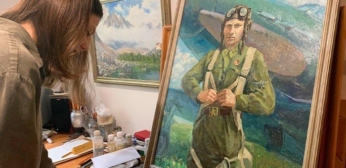 Картина Анастасии Ельниковой представит Горный Алтай в проекте «Война на холсте»