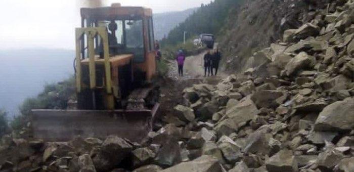 Из-за оползня закрыто движение по перевалу Кату-Ярык