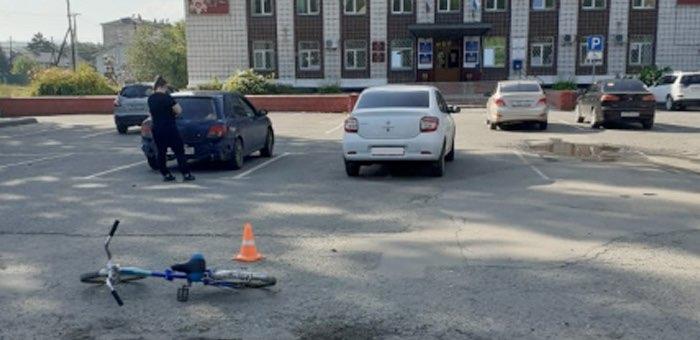 Жительница Бийска сбила пешехода с велосипедом