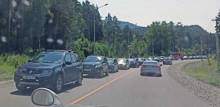 Во избежание возникновения пробок около Усть-Мунов дорожники пересмотрят график ремонта