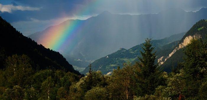 Кратковременные дожди и грозы ожидаются в начале недели в Республике Алтай