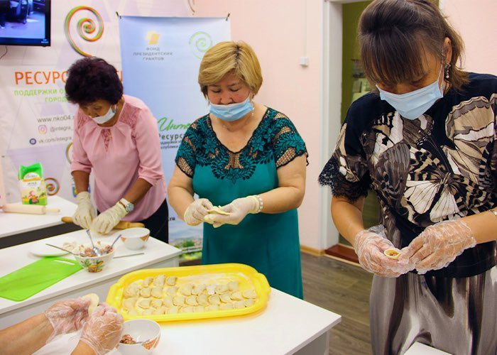 Мастер-класс по лепке шорских пельменей прошел в Горно-Алтайске