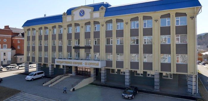 Коронавирус в Госсобрании: руководители и сотрудники парламента отправлены на карантин
