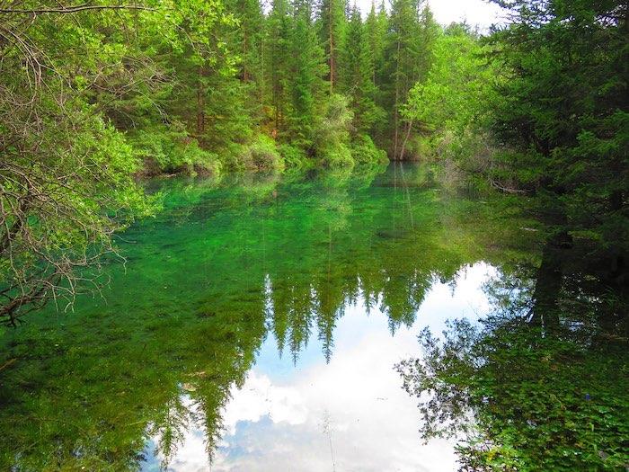 Путешественники нашли в горах новую достопримечательность: «старшего брата» Гейзерного озера
