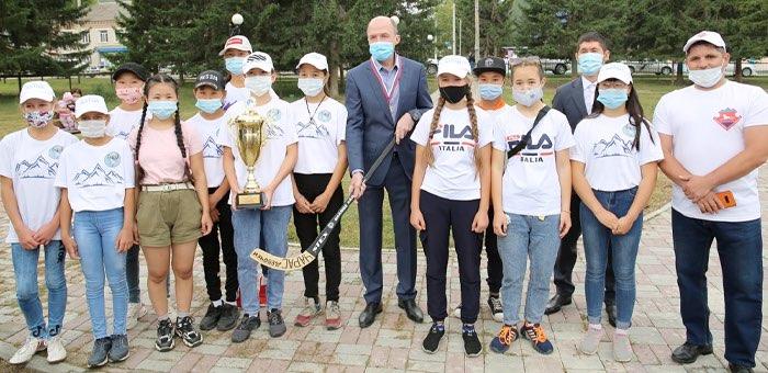 В Усть-Кане построят физкультурно-оздоровительный комплекс и спортплощадку