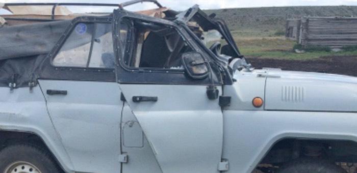 Житель Мухор-Тархаты перевернул УАЗ и сбежал, бросив травмированного пассажира