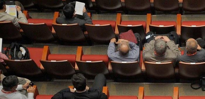 «И так семь раз подряд»: онгудайские депутаты снова сорвали сессию райсовета