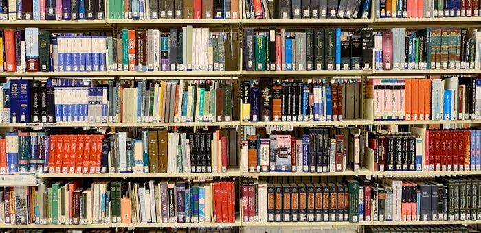 «Спасите нашу библиотеку!»