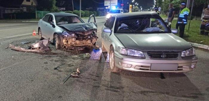 Два ДТП на перекрестках в Горно-Алтайске: пострадали люди и машины