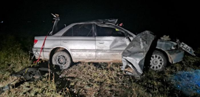 Ночная поездка в Кош-Агач закончилась драматически: машина разбита, люди в больнице