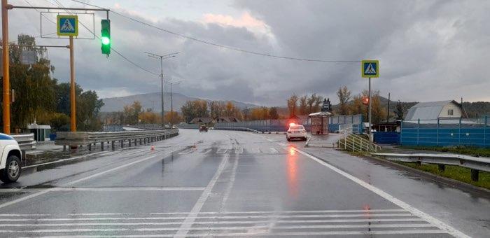 На пешеходном переходе в Дубровке пенсионерку сбил житель Улаганского района