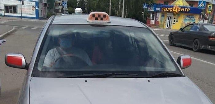 На Алтае провели «антиковидные» проверки в 43 такси