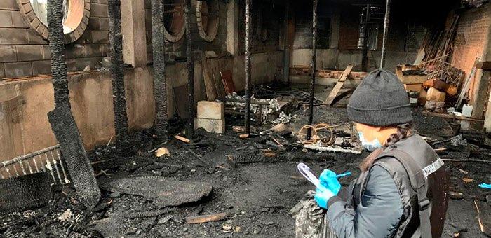 При пожаре в кафе «Каяс» погибли бармен и его знакомый