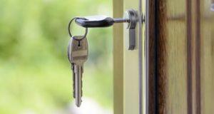 Чиновники незаконно «умыкнули» две квартиры