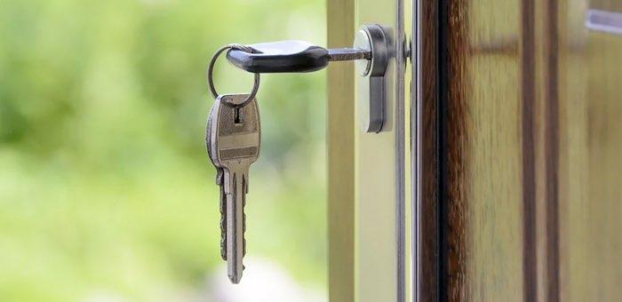 Чиновники незаконно «умыкнули» две квартиры. Возбуждено уголовное дело