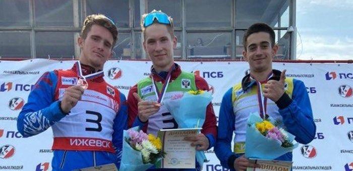 Денис Иродов завоевал бронзу на юношеском первенстве России по летнему биатлону