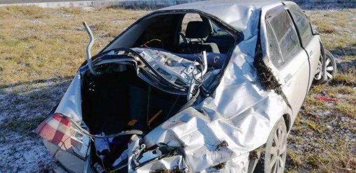 Пьяный молодой человек разбил машину возле аэропорта
