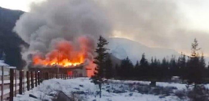 В Акташе горела пекарня, в Шибе – ФАП, в Горно-Алтайске — котельная