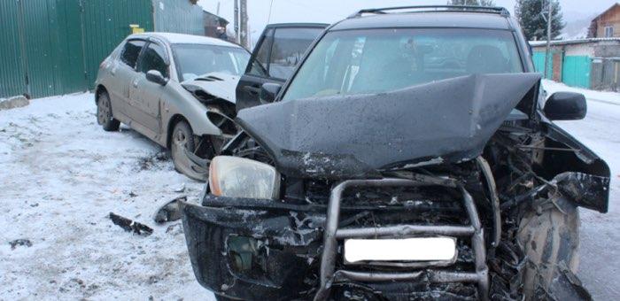 В результате столкновения автомобилей под управлением женщин пострадал ребенок