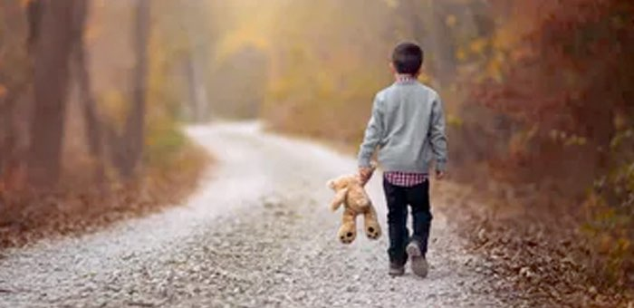 12-летний мальчик прошел пешком почти 40 километров, чтобы вернуться к отцу