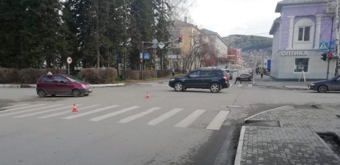 Три пешехода за один день попали под колеса в Горно-Алтайске, госпитализирован ребенок