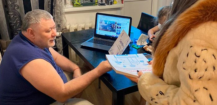 Азбука в онлайне: в Республике Алтай дистанционно обучилась первая группа пенсионеров