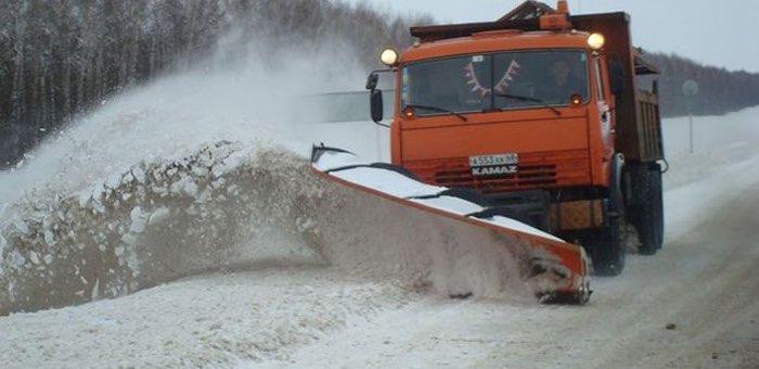 Дорожники успешно справляются с последствиями снегопада