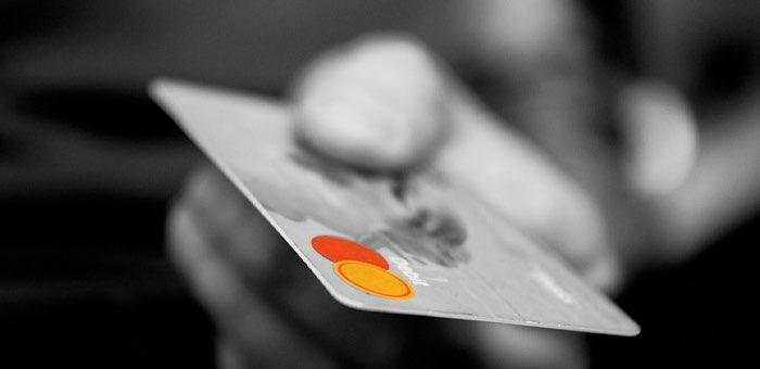 Телефонные мошенники лишили сбережений еще двух женщин