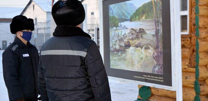 В колонии строгого режима прошла выставка картин Чорос-Гуркина
