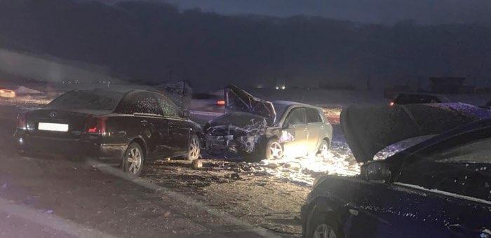 Три автомобиля столкнулись в Кош-Агаче, травмированы маленькие дети