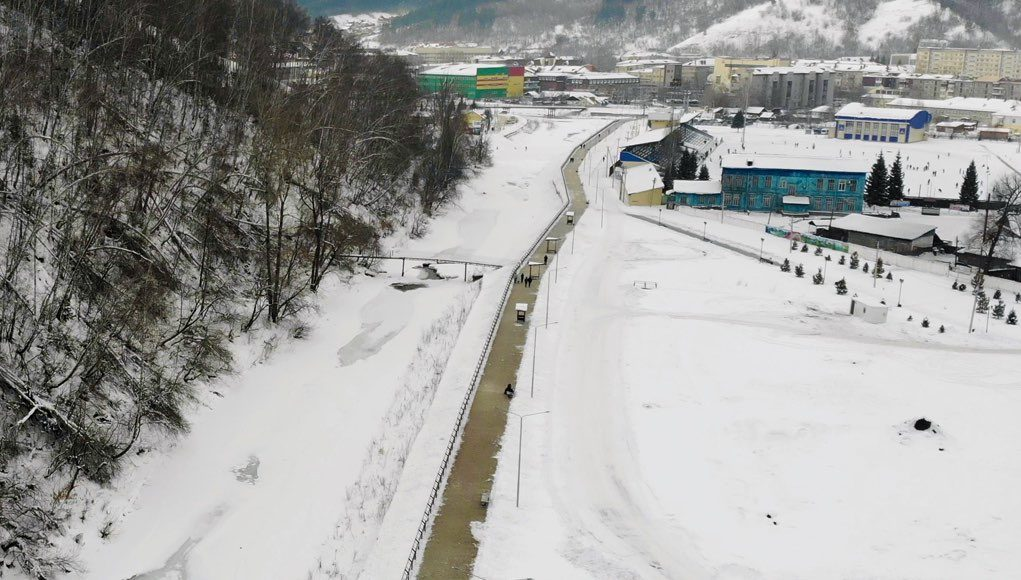 В Горно-Алтайске благоустроили набережную Маймы у парка культуры и отдыха