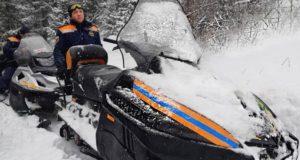 Спасатели проложили снегоходные дороги в окрестностях гор Синюха и Малая Синюха