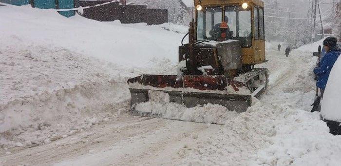 Кто будет убирать снег на улицах города в 2021 году: список предприятий и телефонов