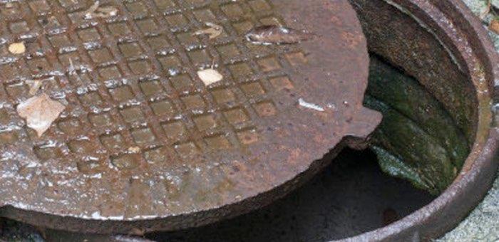 Майминские подростки сдали на металлолом крышки люков водонапорных шахт