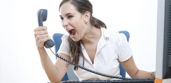 Женщин оштрафовали за то, что они обматерили друг друга в телефонном разговоре