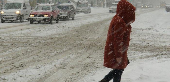 Штормовое предупреждение: в Республике Алтай ожидается сильный ветер, метели, похолодание