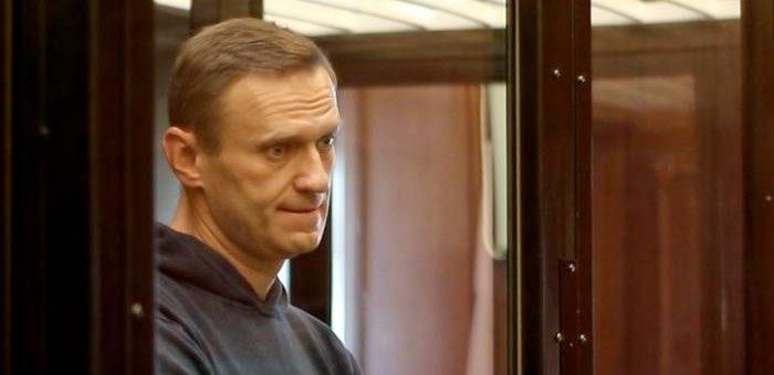 Алексея Навального отправили в колонию