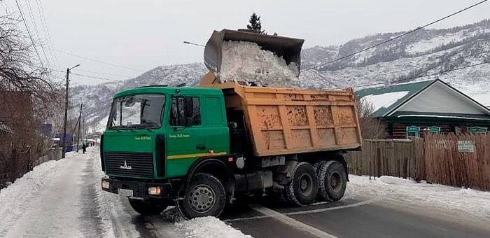 На региональных дорогах республики снег и мусор убирают регулярно
