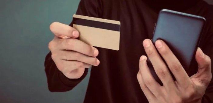Жители республики продолжают отдавать большие деньги телефонным мошенникам