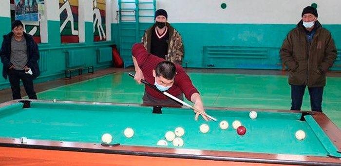 В Шебалино прошел турнир по русскому бильярду
